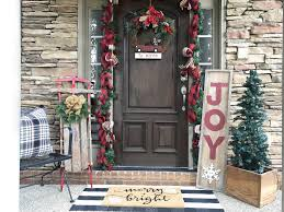 3 things every christmas front porch