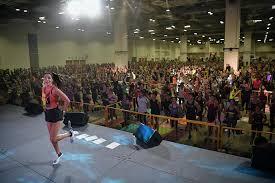 fitness superstar kayla itsines