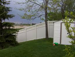 Pin By Bfd Rona Building Centre On Vinyl Fencing Vinyl Fence Backyard Fences Deck Designs Backyard