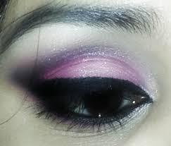 crease makeup tutorial for hooded eyes