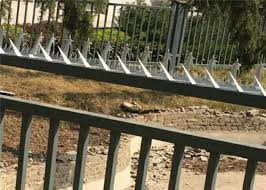 Galvanized Razor Wall Security Spikes Burglar Proof Fence Spikes For Perimeter