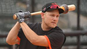 Orioles' Pat Valaika a darkhorse candidate to hit his way onto the ...