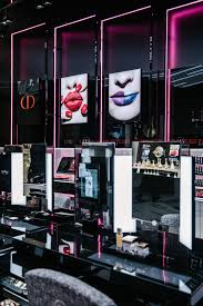 dior opens first makeup boutique in new