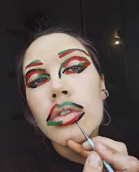 here s how a global makeup artist