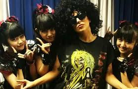 Les deux twettes de Wendi Morris sur Lady Gaga et ARTPOP sont fake ! -  gaganewsland.over-blog.com
