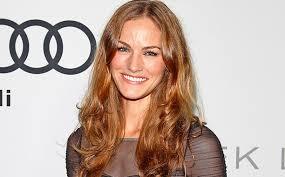 Van Helsing: Kelly Overton cast as Vanessa in Syfy spin-off   EW.com