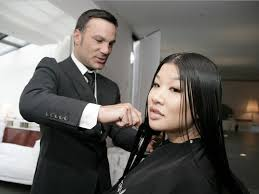 The Most Famous Hairstyle: Famous Hairstylist Jonathan Antin's Blow Out Is  A Huge Hit