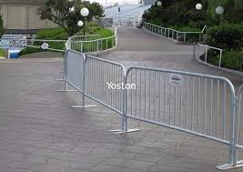 Low Carbon Steel Wire Mesh Fence Panels Pedestrian Crowd Control Barricades