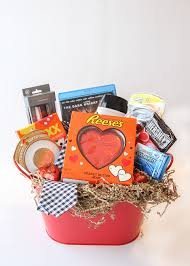 valentine s day gift basket for him