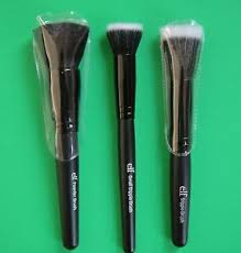 e l f studio wet dry flat face brush