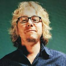 Video: R.E.M.'s Mike Mills covers Billy Bragg's 'Sing Their Souls ...