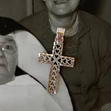 14k white gold cross pendant diamond