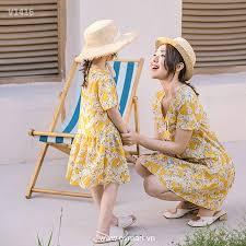 Váy đôi đi biển cho mẹ và bé - Váy bé gái.