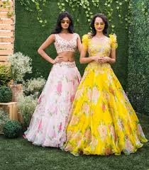 Pin by Priyanka Karekar on Amayra Couture Specialization in 2020 | Indian  gowns dresses, Indian wedding outfits, Party wear lehenga