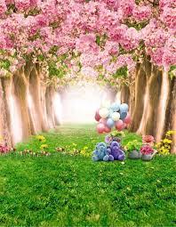 الوردي أزهار الكرز شجرة طفل لعبة الدب البالونات الخضراء العشب