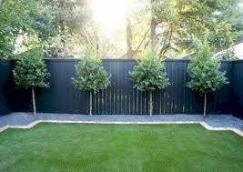 Diy Fence Landscaping 24 Easy And Cheap Inspirations To Try Now
