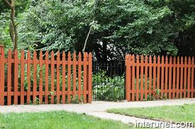 Wood Picket Fence With Metal Gate Interunet