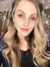 natural everyday makeup look vapour