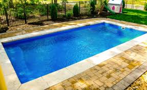 what s the best small fiberglass pool