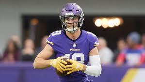 Adam Thielen Will Play in Vikings' Sunday Night Matchup Against ...