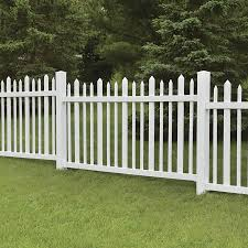 Freedom Pre Assembled Ashford 4 Ft H X 8 Ft W White Vinyl Fence Panel Lowes Com White Vinyl Fence Vinyl Fence Vinyl Fence Panels
