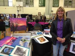 Many Brave Rainy Weather to Attend Art at the Oval Event | TAPinto