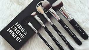 sigma beauty baking and strobing brush