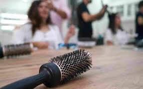 Riapertura parrucchieri   e altre attività