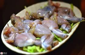 Cháo ếch nấu với rau gì để ngon và dinh dưỡng cho bé