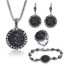 round stone pendant necklace sets