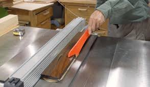 Building A Small Table Saw Sled