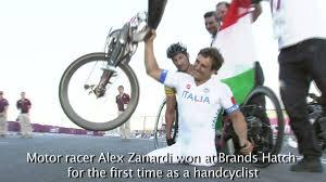 La metà che è rimasta - Storia di Alex Zanardi - Riccardo ...
