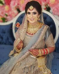 elegant makeup look on her wedding