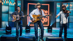 Watch Cody Johnson perform 'On My Way to You' live on TODAY