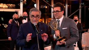 Canadians Rejoice as 'Schitt's Creek' Sweeps 2020 Emmy Awards - The New  York Times