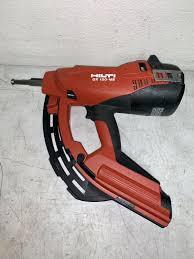 gas actuated fastening nail gun