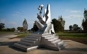 Build A Dream – Richard Hunt – Newport News Public Art Foundation