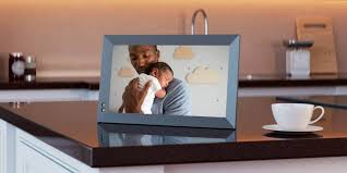 how to use a digital photo frame the