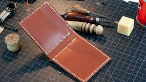 leather bi fold wallet template build