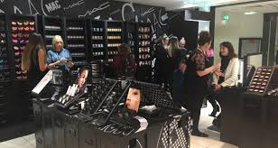 mac cosmetics brings wow factor to