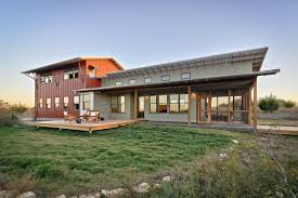 metal barn homes the new trend in