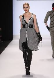 Seth Aaron Henderson wins Project Runway. | Runway outfits, Fashion,  Celebrity outfits