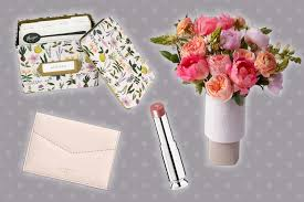 Best Mother's Day Gift Guide Ideas for ...