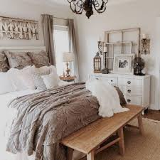 cozy rustic farmhouse bedding