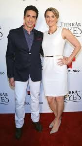Sonya Smith and Ricardo Chávez - Dating, Gossip, News, Photos