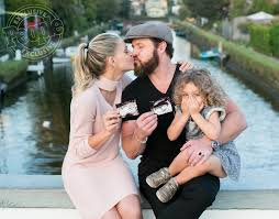 Twins on the Way for AJ Buckley | PEOPLE.com