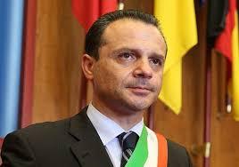 Coronavirus, a Messina i droni con la voce del sindaco De Luca ...