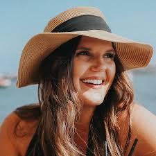 Lifestyle Blogger | Abby Bowman | Brunette Diaries