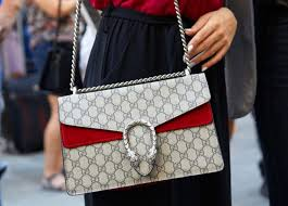 how to clean a gucci bag without