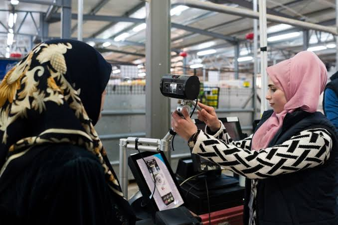 Resultado de imagen para jordan refugee camp blockchain
